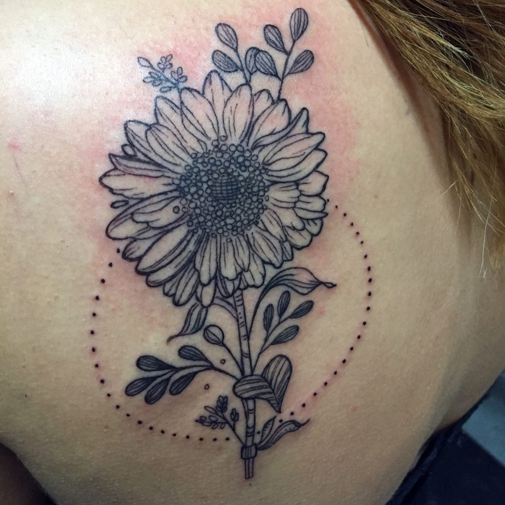 Q Tattoo in Huntington Beach - Karel Beck - sunflower