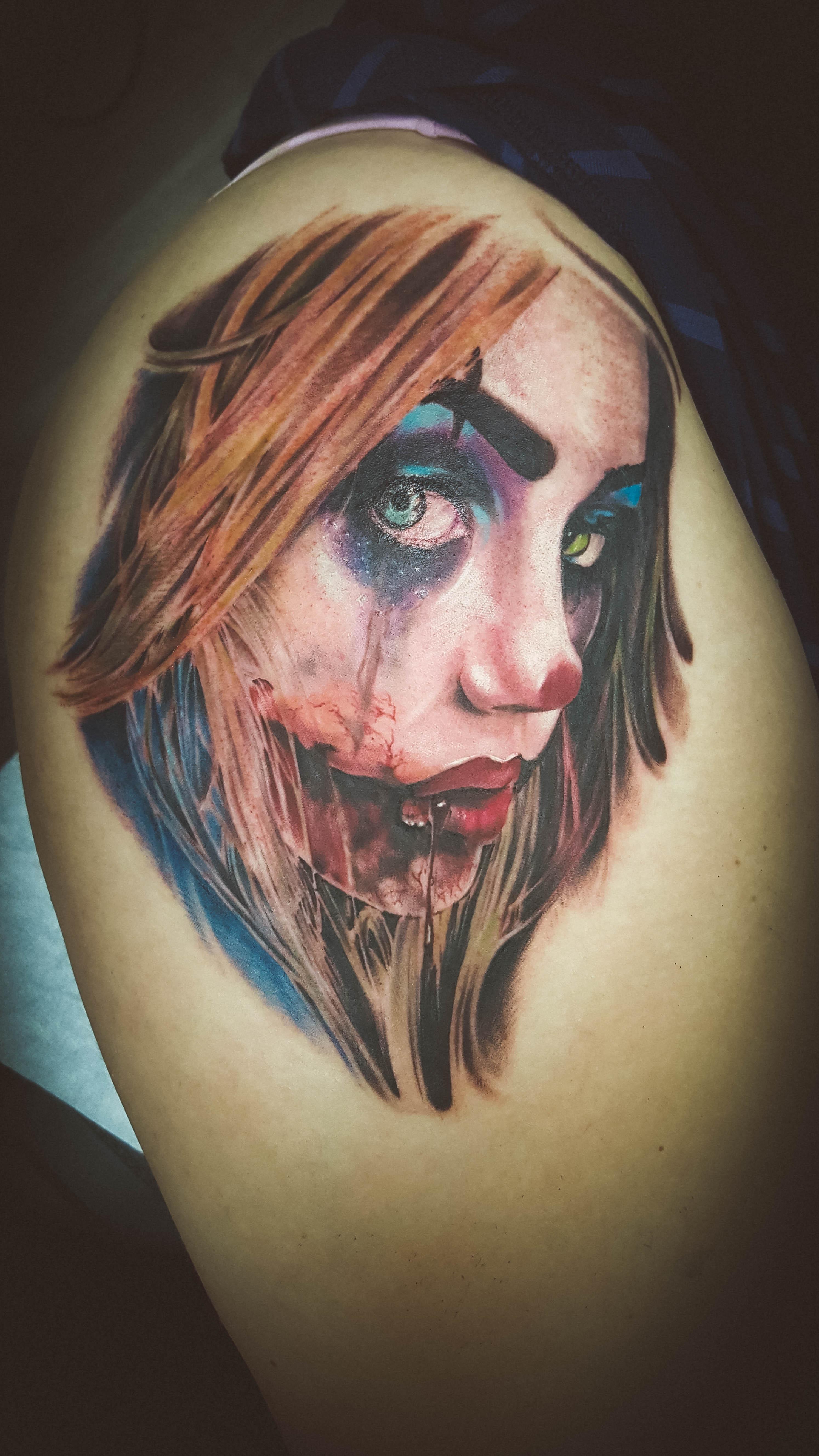 Q Tattoo in Huntington Beach - Quan - harlen quinn