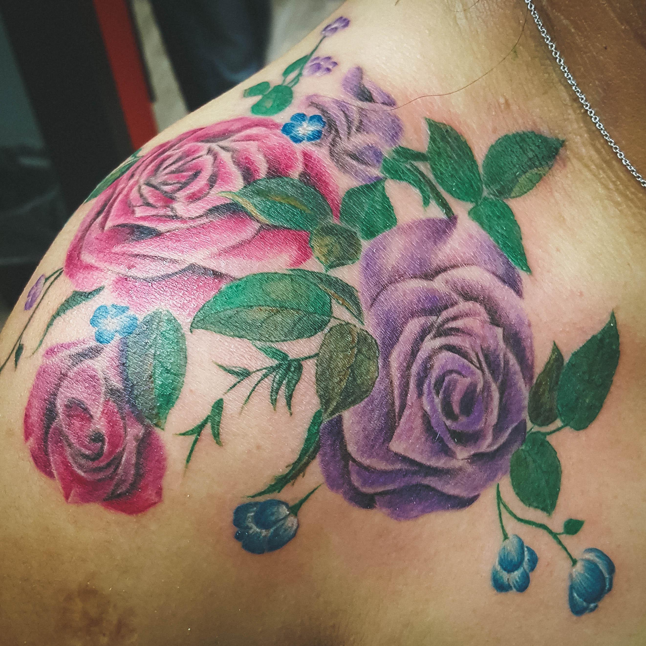 Q Tattoo in Huntington Beach - Quan - should tattoo floral